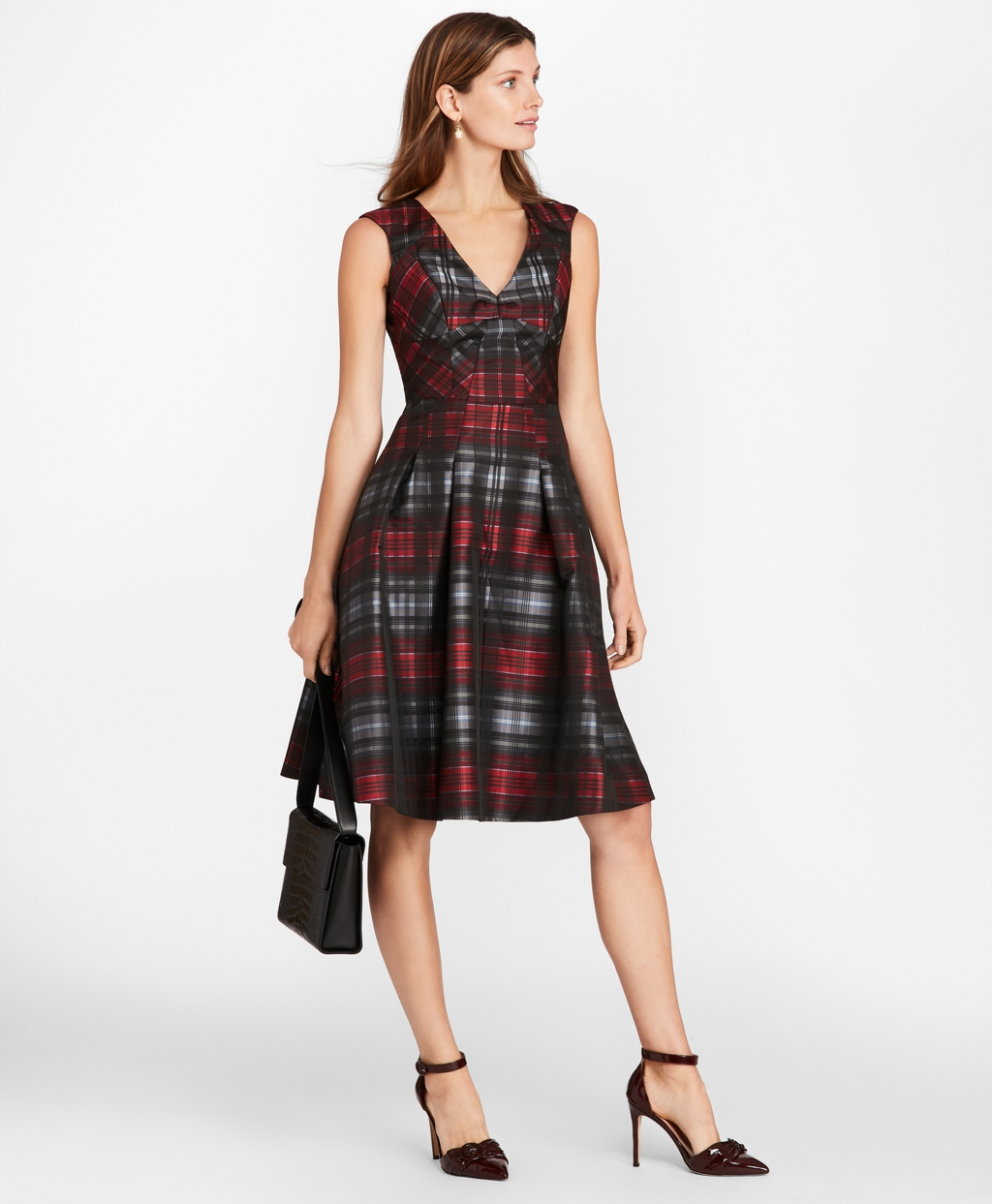 Vintage Christmas Dress | Party Dresses | Night Out Outfits Brooks Brothers Womens Tartan Jacquard Dress $398.00 AT vintagedancer.com