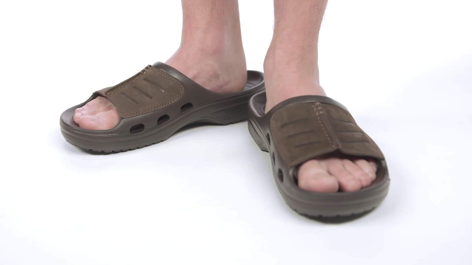 45e704da77c7 Yukon Mesa Slide - Crocs