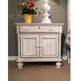 Newport 2-Door Nightstand