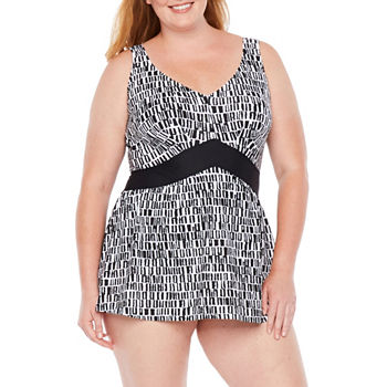 02cfb1fb40bf4 CLEARANCE Plus Size Swimsuits & Cover-ups for Women - JCPenney