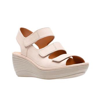 5fb2fb142c492 Clarks Women s Sandals   Flip Flops for Shoes - JCPenney