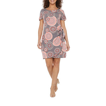 Robbie Bee-Petite Short Sleeve Medallion Puff Print Sheath Dress