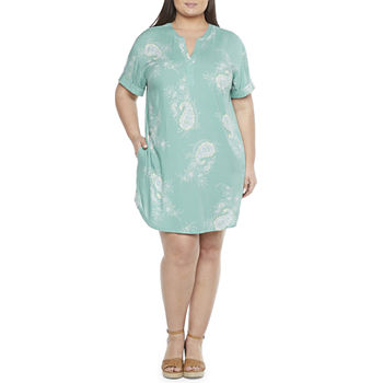 a.n.a-Plus Easy Popover Short Sleeve Floral Shift Dress