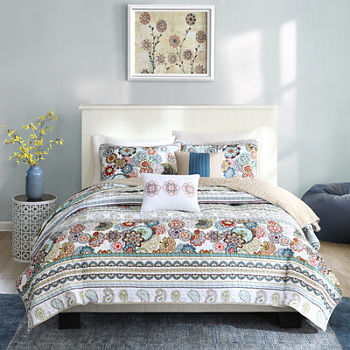 Intelligent Design Lacie Paisley Floral Quilt Set