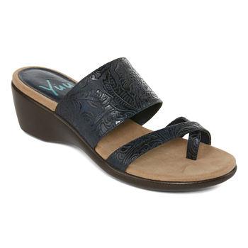 c5a799999fa4 Yuu Flat Sandals Women s Sandals   Flip Flops for Shoes - JCPenney
