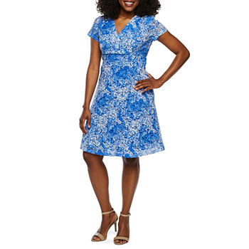 7eba7df52c20e9 Ronni Nicole Sleeveless Floral Lace Fit   Flare Dress-Petite. Add To Cart.  New. Blue White