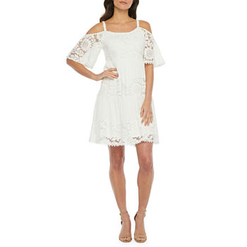 Robbie Bee Short Sleeve Cold-Shoulder Lace Shift Dress