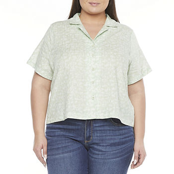 a.n.a-Plus Womens Short Sleeve Boxy Fit Button-Down Shirt