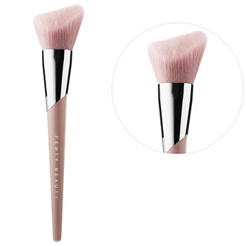 FENTY BEAUTY BY RIHANNA Cheek Hugging Bronzer Brush 190