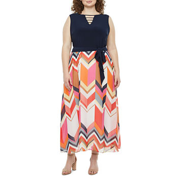 Studio 1-Plus Sleeveless Chevron Maxi Dress