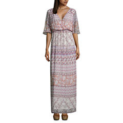 Love Reigns 3/4 Sleeve Pattern Maxi Dress-Juniors