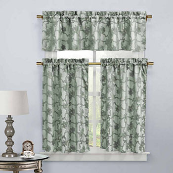 and your top also patchwork curtains decorating vintage pink looking clawfoot ideas to curtain table design with bathroom end pattern shower mat silver tub inspire floral style print