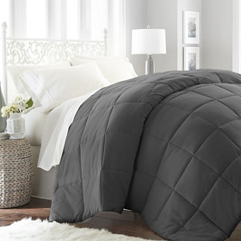 Casual Comfort Premium Ultra Soft Down Alternative Midweight Wrinkle Resistant Comforter