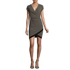 Almost Famous Short Sleeve Wrap Dress-Juniors