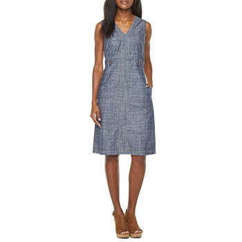 Liz Claiborne Sleeveless Shift Dress