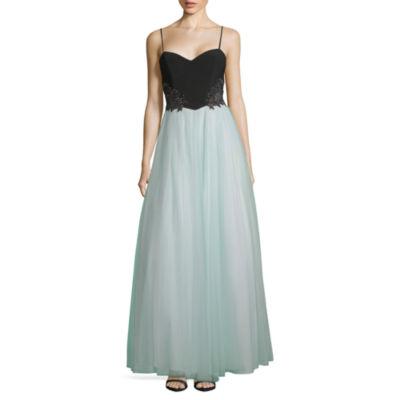 Junior Dresses On Sale