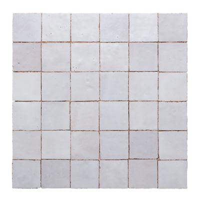 2x2 mosaic in white carrare