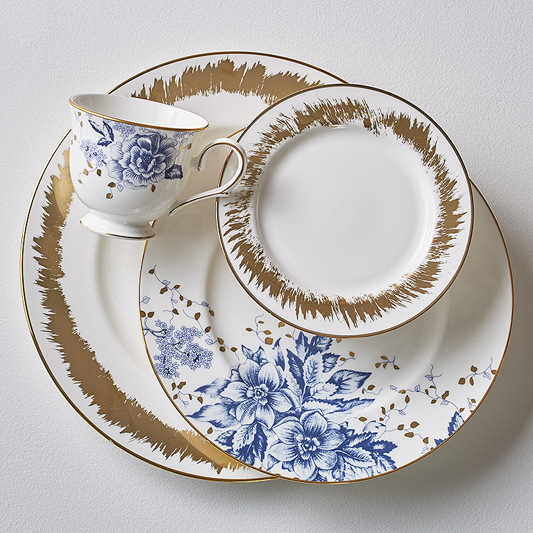 We All Know Blue And Gold Are Classic, But Here The Look Is Totally  Contemporary. The Edgy Gold Splash On The Dinner And Tidbit Plates Sets Off  The ...