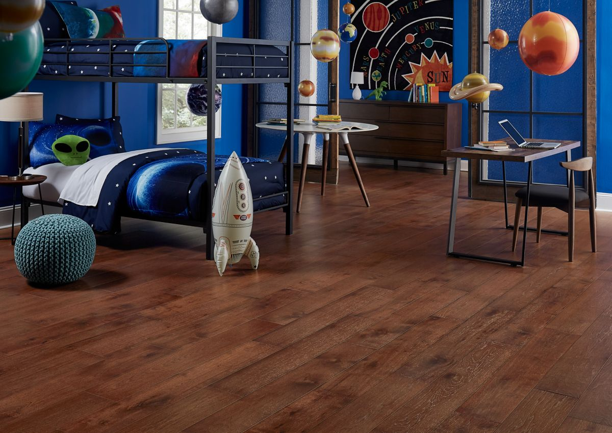 Laminate Hardwood And Vinyl Flooring