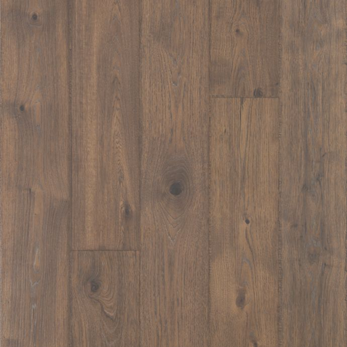Elegantly Aged Bungalow Oak 2