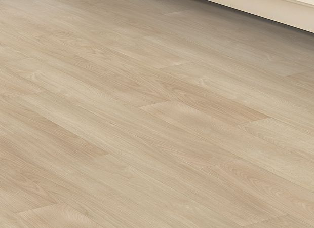 Dodford 12 Click Bordeaux Oak 220