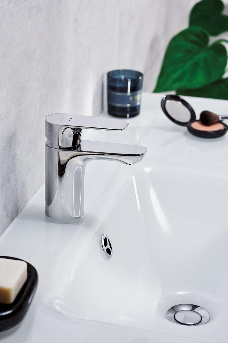 Des mitigeurs de lavabo faciles à installer !