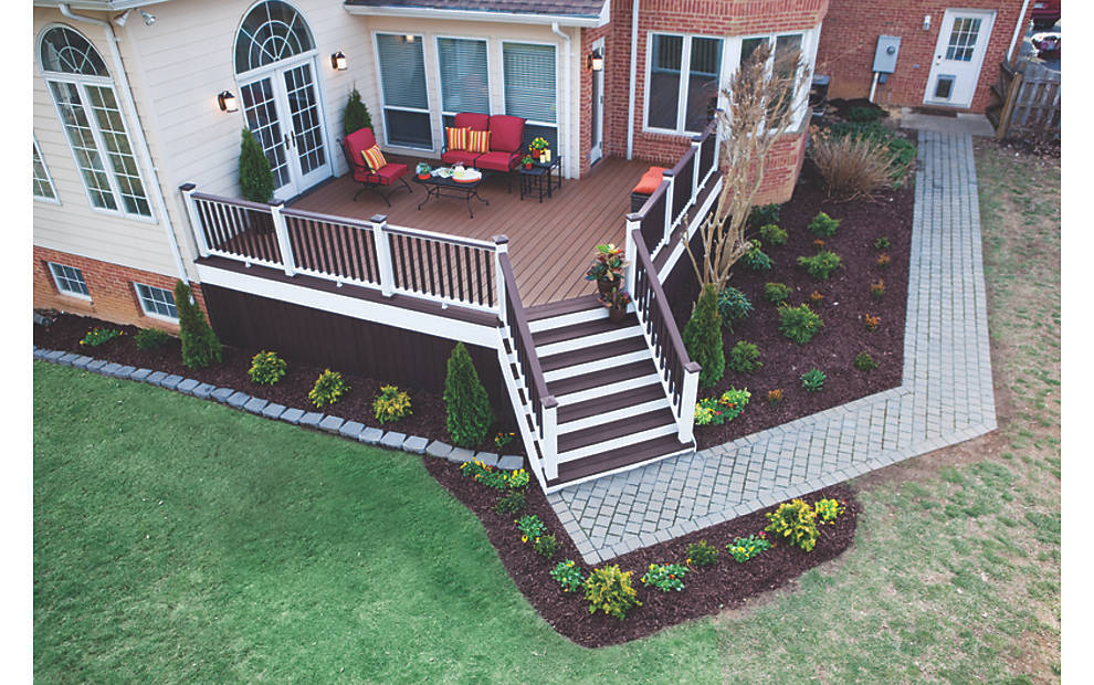 Weary Wood Deck Goes From Weathered To Wow Trex