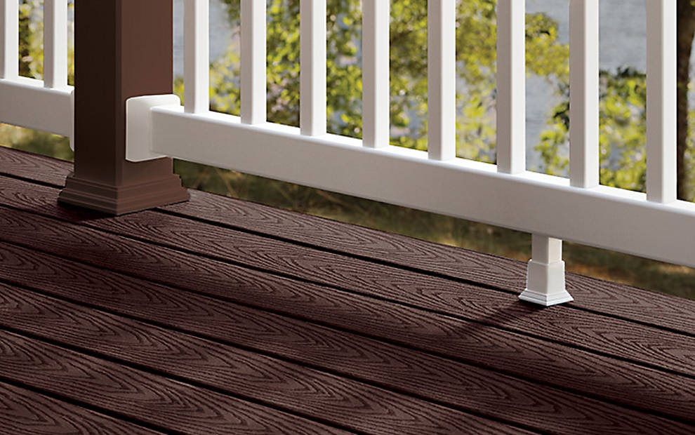 Trex select railing high quality deck and stair railing for Main courante escalier exterieur