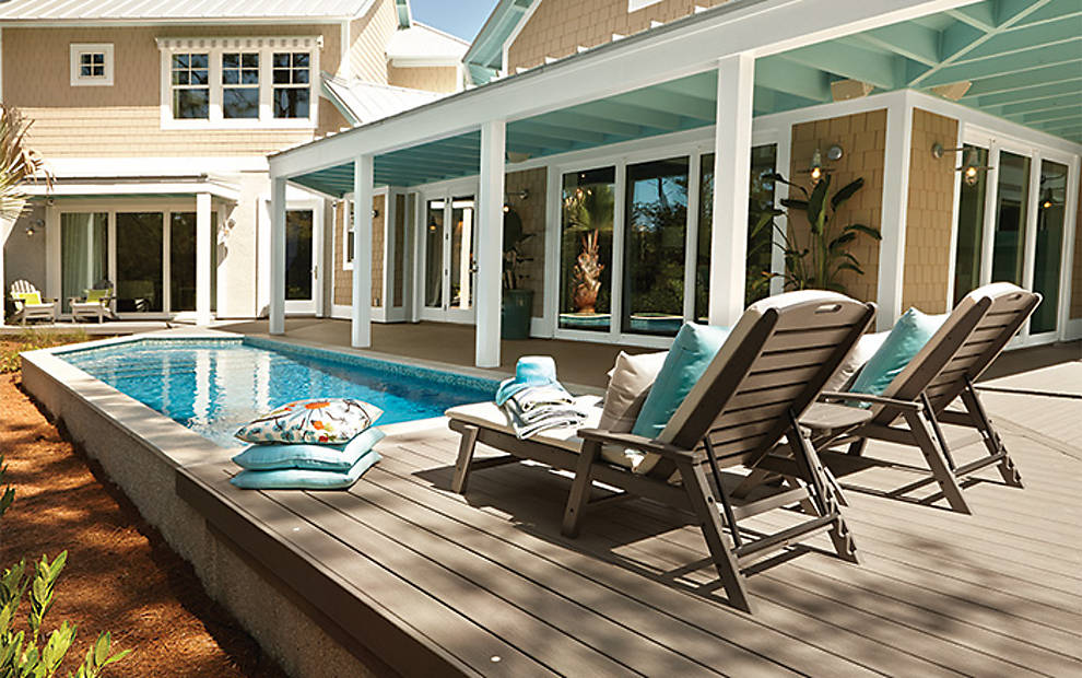Pool decks above ground pool deck ideas pictures trex for Pool and patio furniture