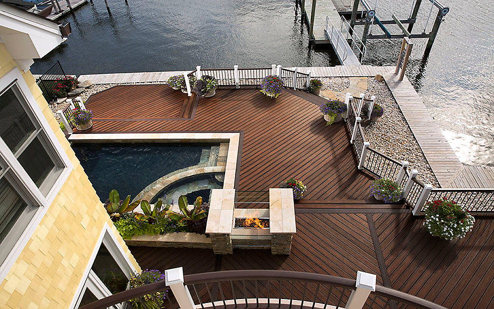 Deck designs decking ideas pictures patio designs trex for Backyard deck pictures