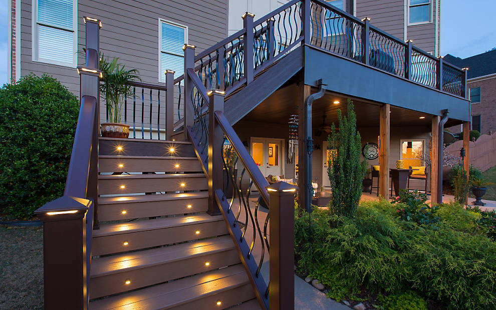 Trex enhance beach dune decklighting stairs