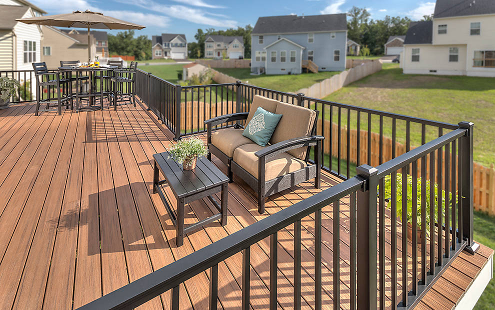 Trex Reveal Railing Great For Outdoor Amp Deck Hand