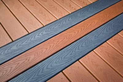 The five easygoing colors of Trex Select composite decking  matches perfectly with Trex Select railing in Classic White