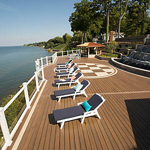 View a collection of deck design ideas from Trex to find a style that speaks to you.