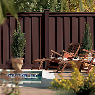 Your backyard should be a retreat. Trex Seclusion fencing makes relaxation possible.
