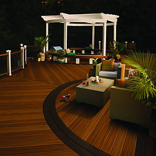Explore Videos Of Decking Ideas And Deck Designs Featuring Trex Enhance Decking Trex