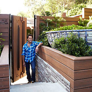 jamie durie designs a privacy border with trex fascia in spiced rum and complementing stacked slate - Trex Deck Design Ideas