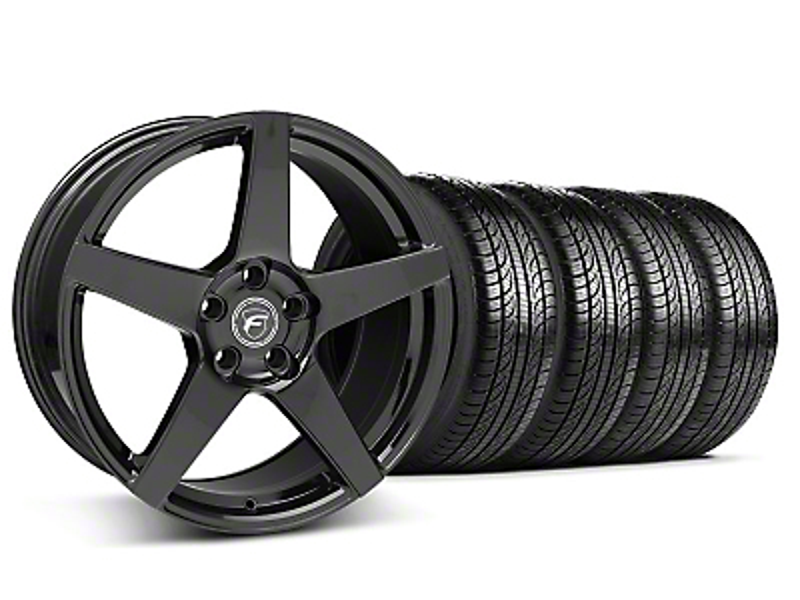 Staggered Forgestar CF5 Piano Black Wheel & Pirelli Tire Kit - 19x9/10 (05-14 All)