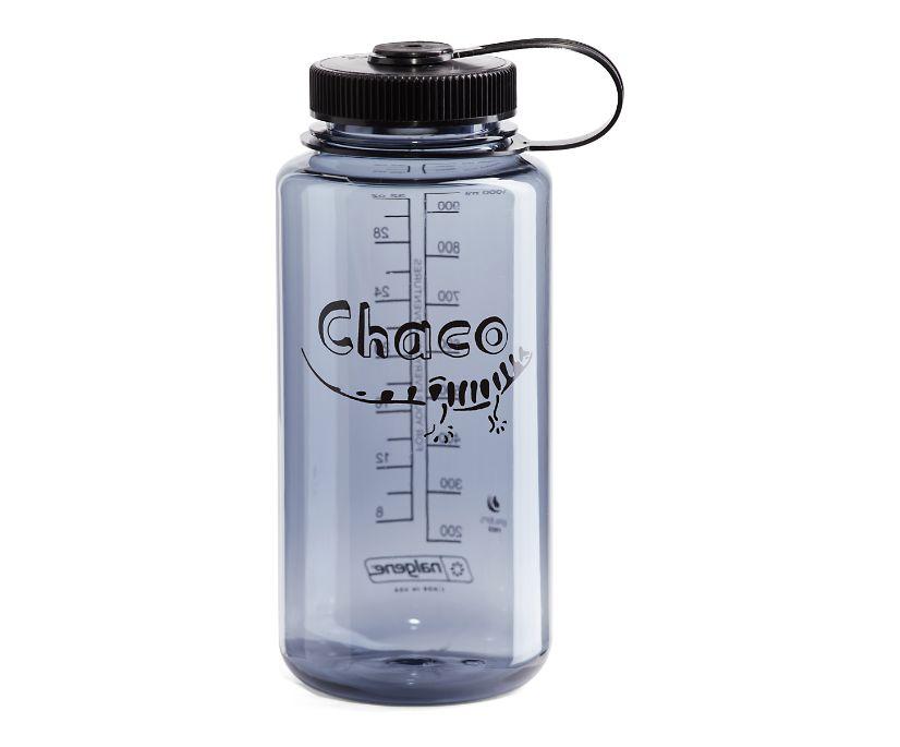 Nalgene 32oz Tritan Water Bottle, Smoke Grey, dynamic