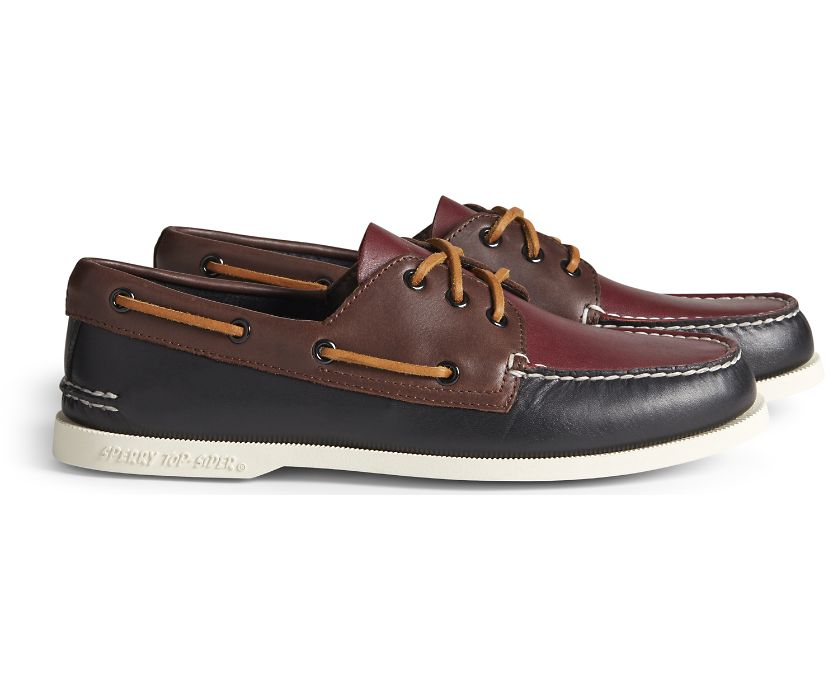Cloud Authentic Original 3-Eye Boat Shoe, Black/Brown/Oxblood, dynamic