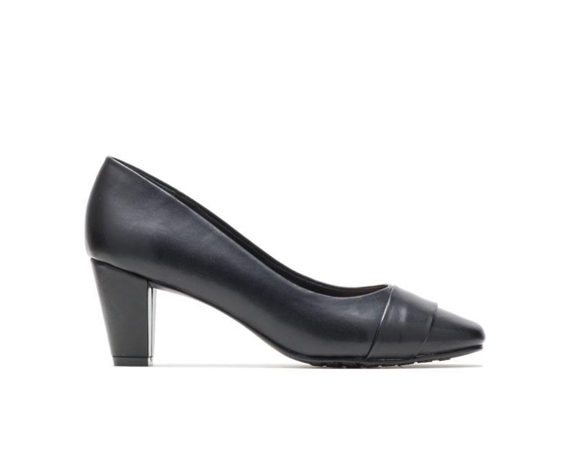 Mabry, Black Leather, dynamic