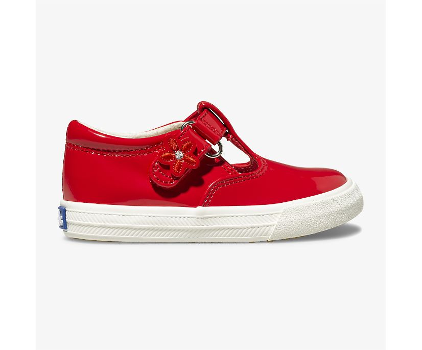 Daphne Patent Sneaker, Red, dynamic