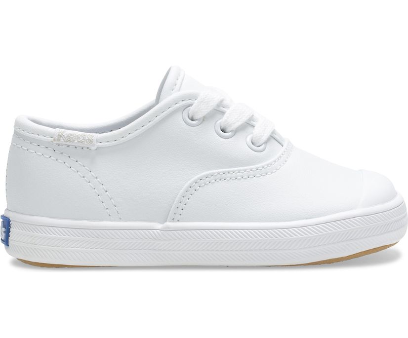 Champion Toe Cap Sneaker, White Leather, dynamic