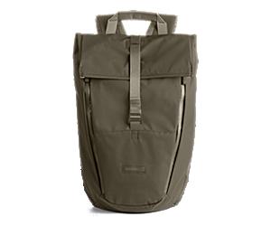 Wayfinder 18L Backpack, Falcon, dynamic