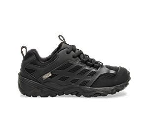 Moab FST Low Waterproof Shoes, Black/Black, dynamic