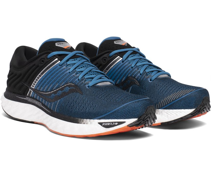 Triumph 17, Blue    Black, dynamic