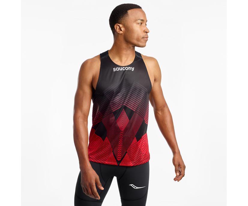 Saucony Elite Singlet, Black | Red, dynamic