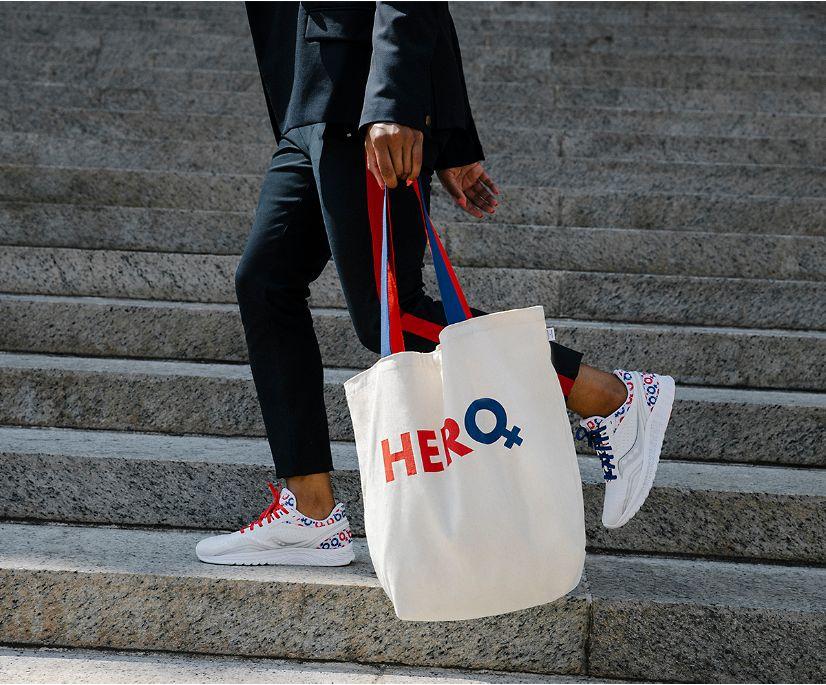 Hero Tote Bag, Natural, dynamic