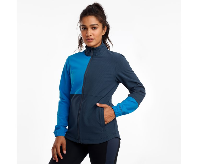 Bluster Jacket, Blue Nights, dynamic