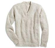 V-Neck Sweater, Aspen Grey, dynamic